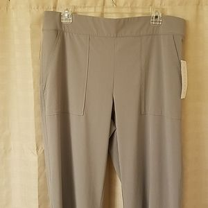 NWT Athleta size 14 gray pant activewear